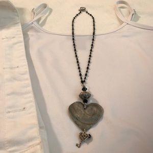 Jewelry - Cute Heart Necklace